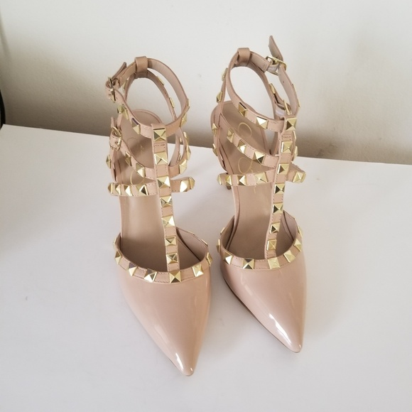 78e63557fe8b Jessica Simpson Shoes - Jessica Simpson Dameera studded pump